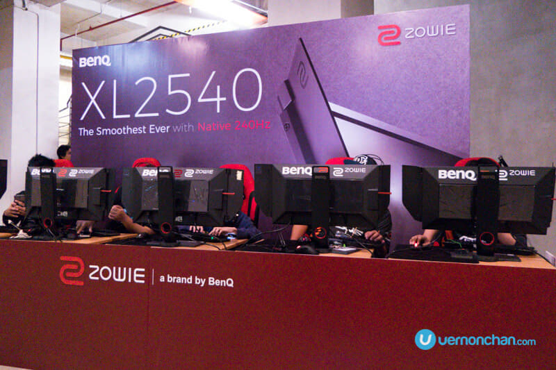 BenQ debuts Zowie XL2540 professional e-sports monitor with