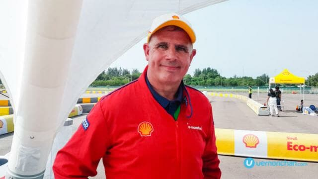 Ian Albiston, Shell Technical Specialist