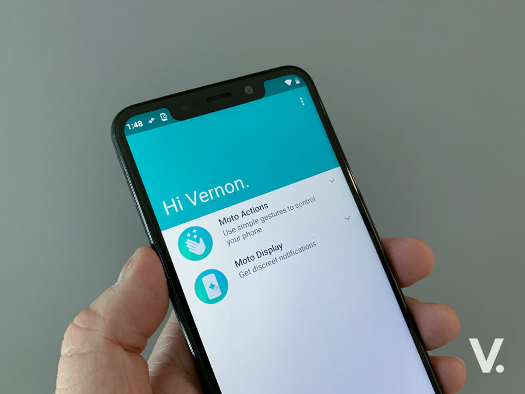 Motorola One review: One perplexing Android