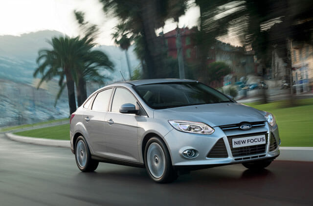 All-new-Ford-Focus_Family-Car-of-the-Year-2012
