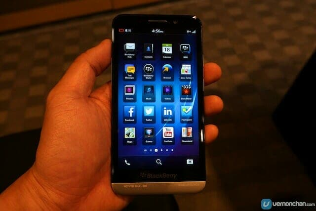 BlackBerry Z30 Launch 1