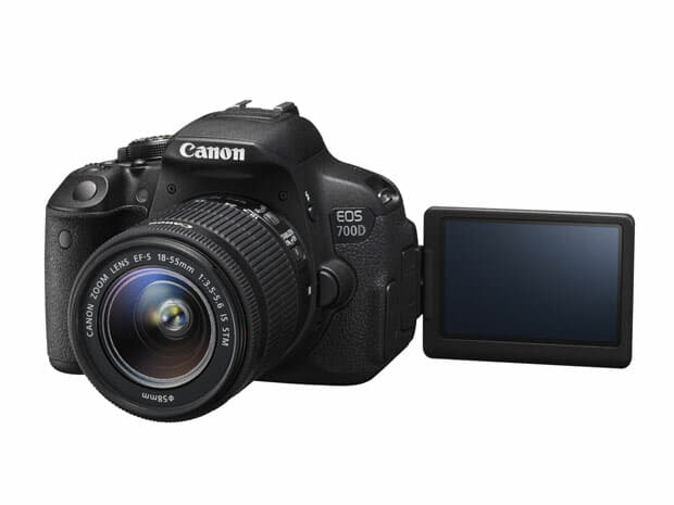 EOS-700D-with-the-EF-S-18-55mm-IS-STM-Lens_LR