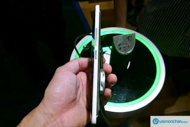 HTC One Max Launch 6