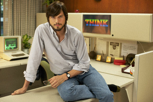 ashton-kutcher-as-steve-jobs_LR