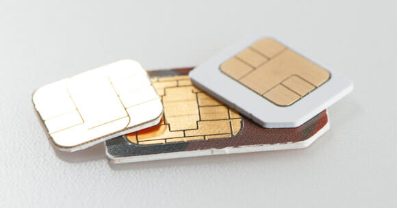 nano-sim-card-vs-micro-and-normal-sim-card. Image credit: Techdigest.tv