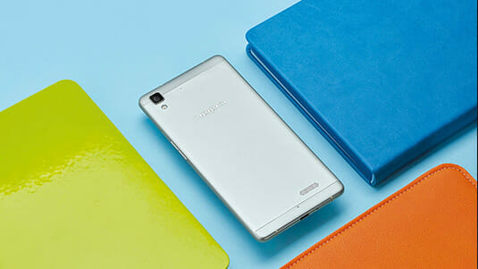 OPPO R7 and R7 Plus