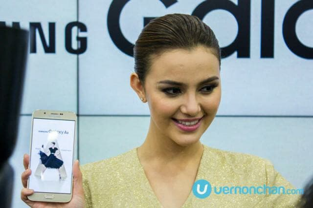 Samsung Galaxy A8 launch with Juliana Evans